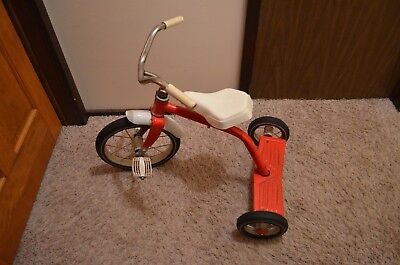 Vtg. Hedstrom Red 2 step 3519 Metal Tricycle Made in the USA Solid Rubber Tires  for sale  Shipping to Canada