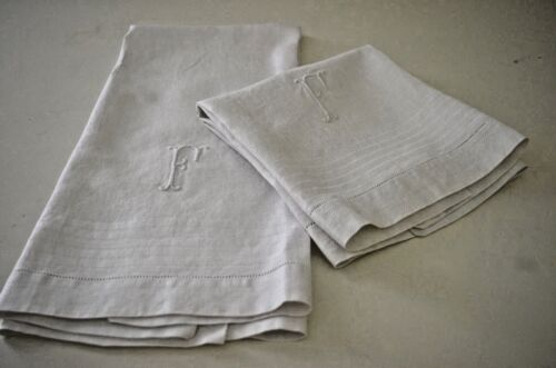 PAIR OF VERY FINE VINTAGE LARGE LINEN DAMASK HUCK TOWELS F MONOGRAM  TT338