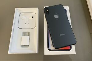 Like New  iPhone X -64gb-Unlocked-Everything Included-Price Firm