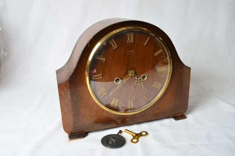 Vintage SMITHS England-made MANTLE CLOCK with Gong - Looks Deco