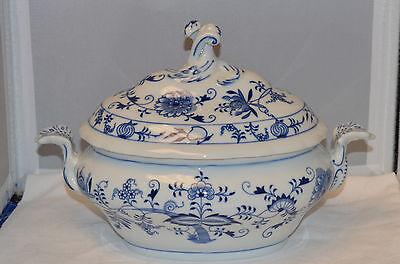 Original Zwiebelmuster (Meissen) Oval Covered Tureen - Blue Onion - Excellent