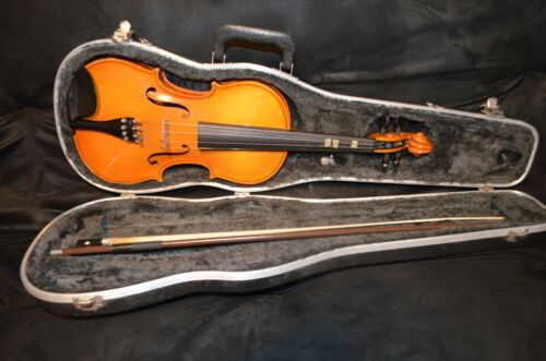 Glaesel VI30 4/4 Acoustic Violin with Glasser Bow And Glaesel Carrying Case