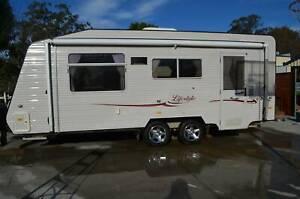 Full size 3 bunk Caravan-Coromal Lifestyle 610