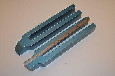 Gabelspannpratzen mit Nase,  Schlitzbreite 22mm,  2Stück,  RHV8308,