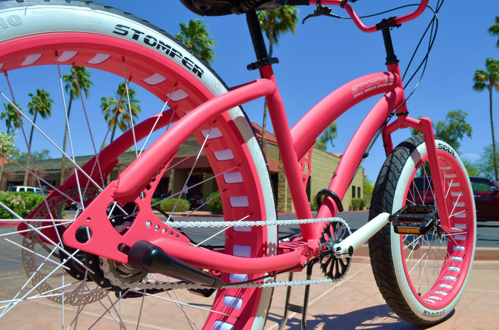 Fat Tire Beach Cruiser - Miss STOMPER Ladies Hot Pink 3 Spee