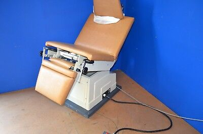 Boyd M-3000 Exam Power Chair Table - Excellent Condition - See Pics