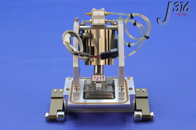 7239 Applied Materials Slit Valve Actuator W/ Smc Cylinder 0010-70162