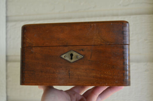 Antique HUMPHREYS HOMEOPATHIC DeLuxeb WALNUT storage box would hold 36 vials