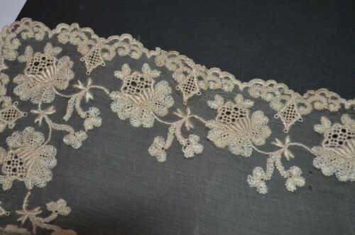 Heirloom  Antique OFF WHITE  Wedding Hankie Tambour Lace 19th cent