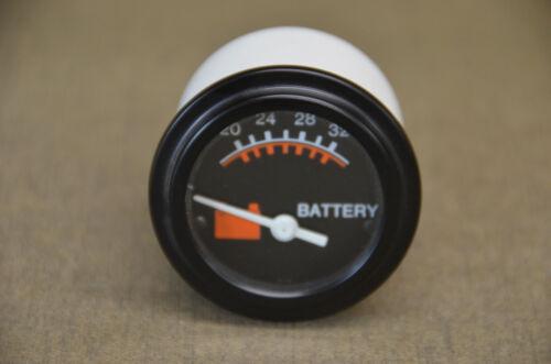 Datcon Model 831 CU  24V P/N 06352-12  Voltmeter             (U-A)
