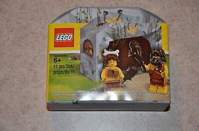 LEGO 5004936 Iconic Cave Promotional Caveman Cavewoman NEW