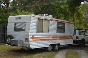 Caravan Evernew 18ft Bunks Family van