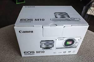 Canon EOS M10 15-45mm Single Lens Kit Mirrorless Camera - Black Prahran Stonnington Area Preview