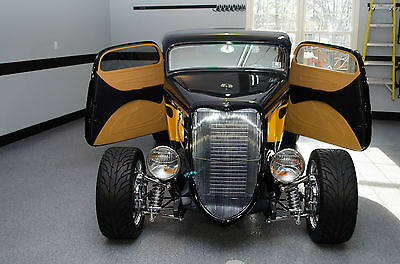 1934 Ford 3 Window Coupe - Street Rod  Highboy - Spectacular Build - Top Quality - (1932, 1933, 1934)