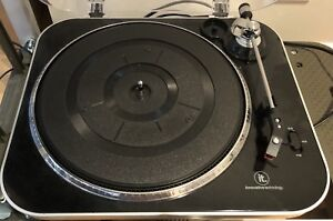 Innovative Technology ITUT-400 USB turntable $40