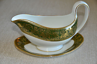 Wedgwood Florentine Arras Green And Gold Gravy Boat With Underplate
