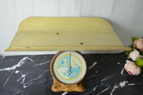 VINTAGE BABY NURSERY SCALE, UP TO 30 LBS.