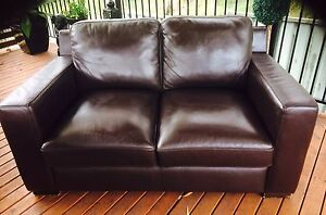 2 seater leather  lounge Rankin Park Newcastle Area Preview