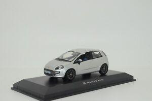 RARE !! Fiat Punto Evo Norev 771110 1/43