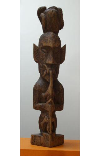 Strong Kenyah Kayan figure