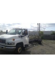 Truck For Sale ( GMC C5500 DURAMAX DIESEL)