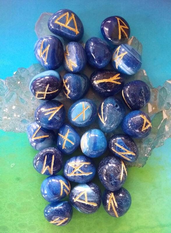 BLUE ONYX CRYSTAL ELDER FUTHARK RUNE SET, 25 ENGRAVED STONES, RUNES WITH POUCH