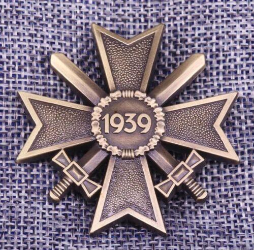 WW2 1939 German Merit Cross With Swords, 2nd Class, Award Medal Badge Replica