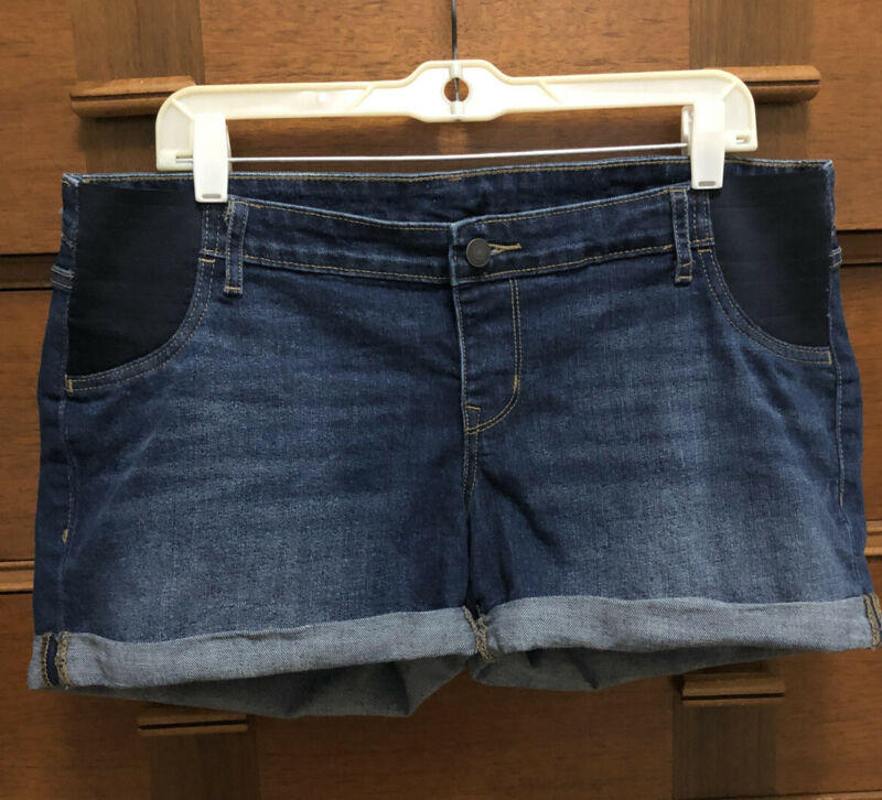 Old navy maternity shorts size 12