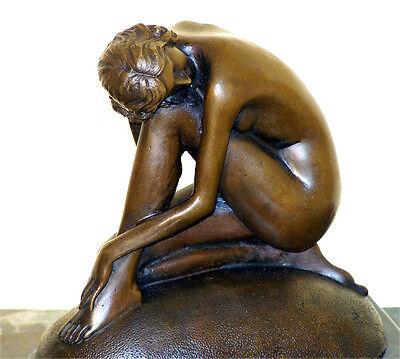 Bezaubernde JUGENDSTIL Bronze AKT AUF FELSEN, sign. F. Preiss
