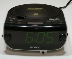 Sony Dream Machine Alarm Clock AM/FM Radio CD Works Perfectly #ICF-CD815 Nice!