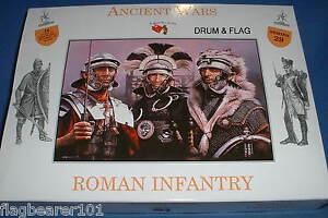 A CALL TO ARMS SET #29. ROMAN INFANTRY ROMANS 1/32 SCALE UNPAINTED PLASTIC c54MM