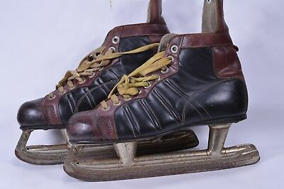 Vintage Black Brown Leather Ice Skates Winter Decor Christmas Decoration