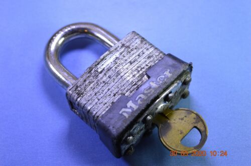 Master Lock 1D Padlock Used with 1 key