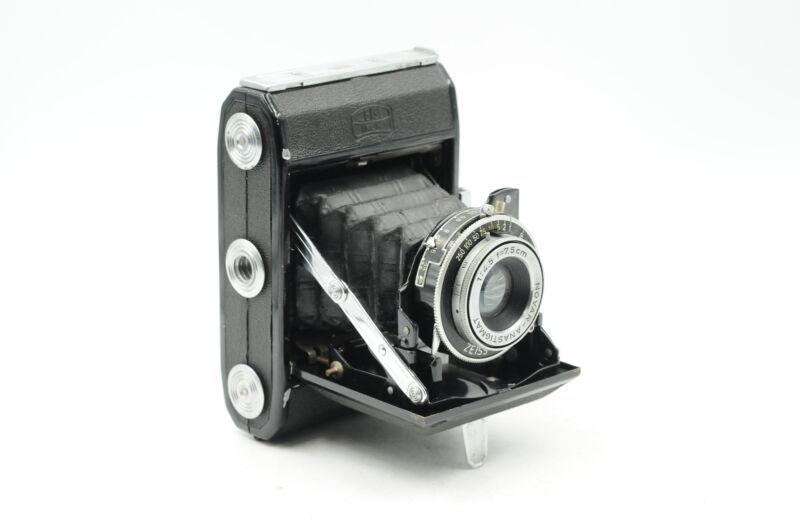 Zeiss Ikon Ikonta A 521 Roll Film Camera 75mm f4.5 Novar #379