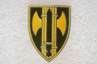 US USA Army 18th Military Police Military Hat Lapel Pin