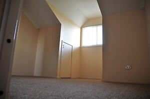 Townhouse attic bedroom with shared master bath/toilet Homebush Strathfield Area Preview