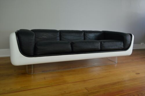 William Andrus Steelcase Space Age Mid Century Modern Fiberglass & Leather Sofa