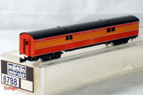 Z Scale Märklin 8788  Southern Pacific Daylight Baggage Car #3300 NIB