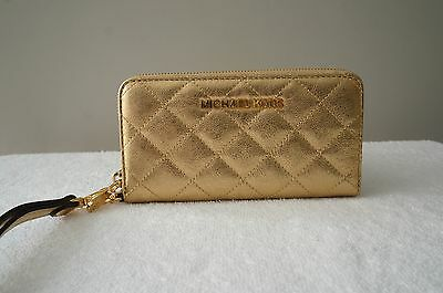 AUTH Michael Kors Purse Susannah Quilt Cell iPhone CASE Coin Wallet Bag Wristlet