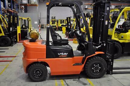 2.5T Counterbalance Forklift - Utilev UT25P