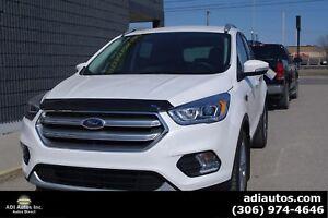 2017 Ford Escape Titanium AWD  SASK UNIT TAX PAID