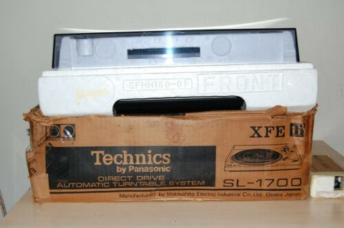 Vintage Technics SL-1700 Direct-Drive Stereo Turntable - Near mint !!!