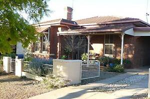 COOLAMON - FEDERATION STYLE DOUBLE RED BRICK HOME Coolamon Coolamon Area Preview