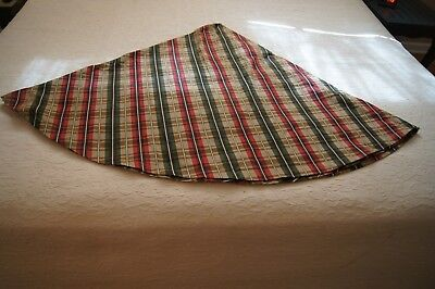 Red Plaid Tablecloth (Red, Forest Green, Tan Plaid Round Fabric)