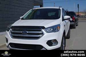 2017 Ford Escape Titanium 4WD....ONLY $257 B/W...