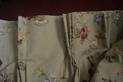 Floral lined Pinch Pleated Draperies 2 Panels 60