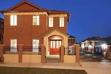 Large room with own bathroom - Mt Lawley - $280 Mount Lawley Stirling Area Preview