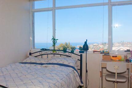 Lovely Bondi flat with amazing ocean views