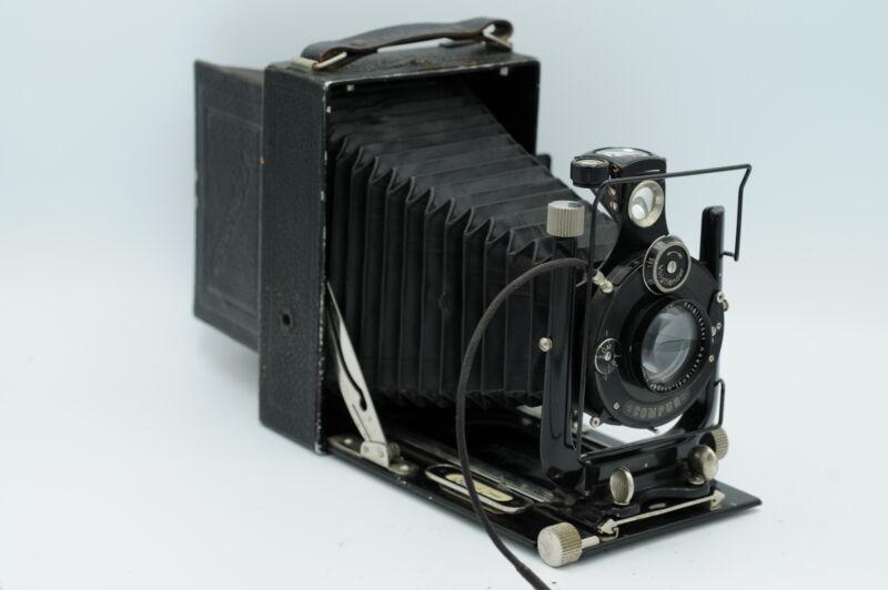 Voigtlander Avus 9x12 Folding Camera w/Lens #682