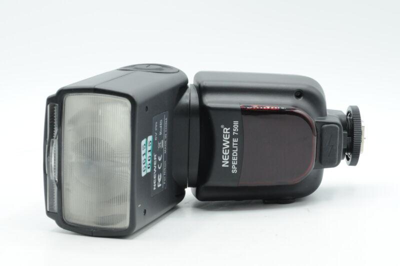 Neewer Speedlite 750II E-TTL Flash for Nikon Digital Cameras #615